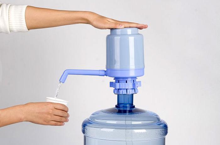 Советы по выбору кулера для воды и питьевого фонтанчика.