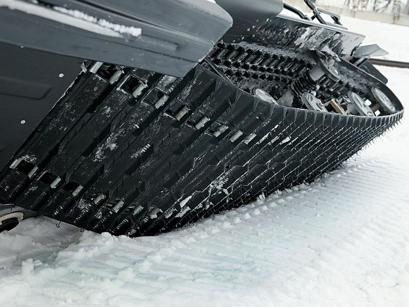 Основные моменты при покупке подержанного снегохода