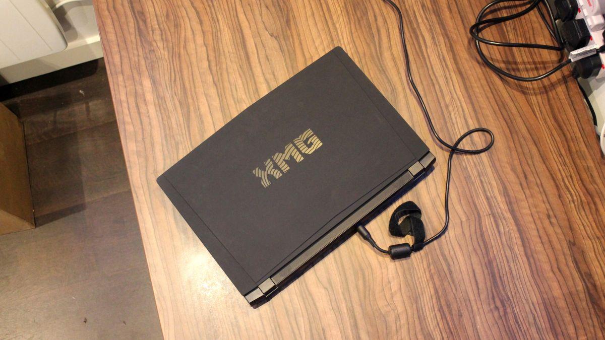 Обзор ноутбука XMG U507