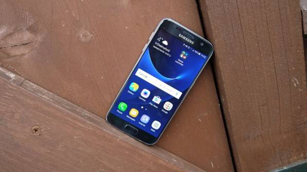 четкий и яркий экран у Samsung Galaxy S8