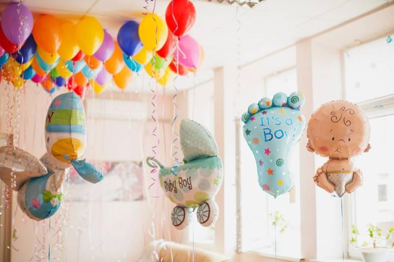Фольгированные шары на выписку